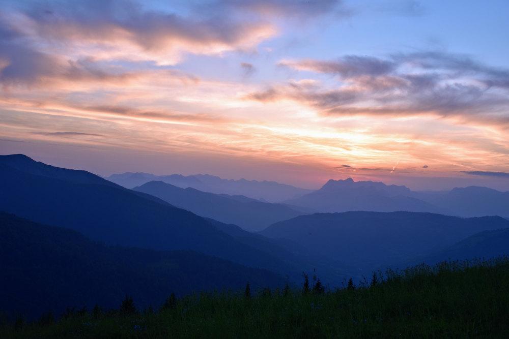 Zalazak sunca sa Komova
