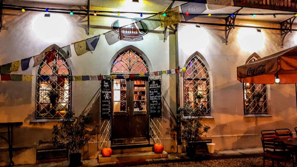 Restoran Malata u Segedinu u večernjim satima