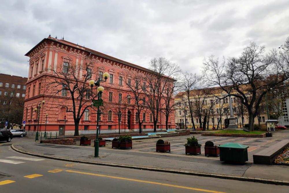 Zgrada univerziteta prirodno-matematičkog informatičkog fakulteta u Segedinu